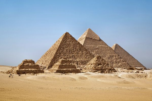 all-gizah-pyramids-3124266CB-78C9-93D6-644B-B5F80F7CE5EC.jpg