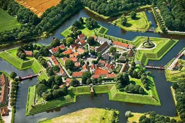 fort-burtange-niderlandiA7E4D951-FE58-6F4D-8E53-8CF34B8A024B.jpg